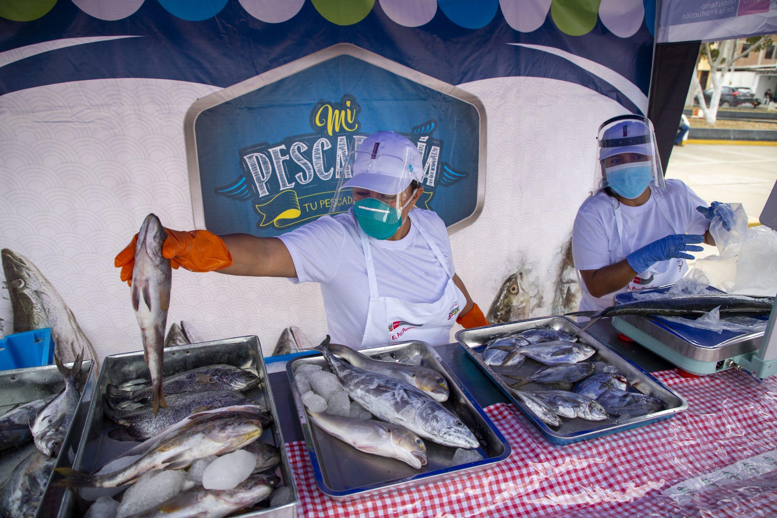 """Gobierno Regional y PRODUCE inician la campaña """"A Comer Pescado Tumbes"""""""