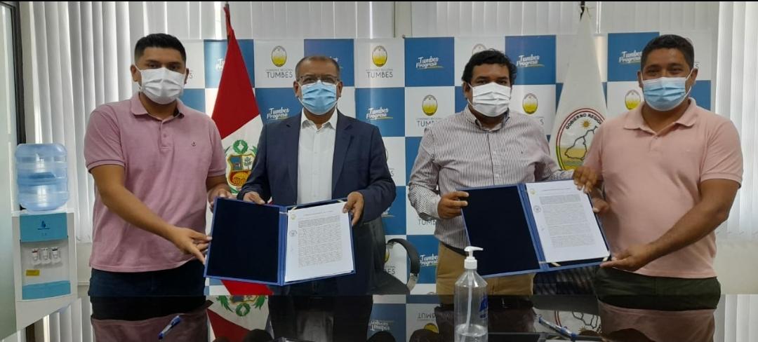 Gobernador regional hizo entrega de terreno para construcción de cementerio de Aguas Verdes.