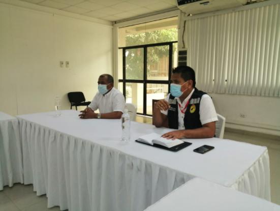 Gobernador regional y funcionarios de salud informan a los consejeros sobre la estrategia en la detección y atención de los casos Covid