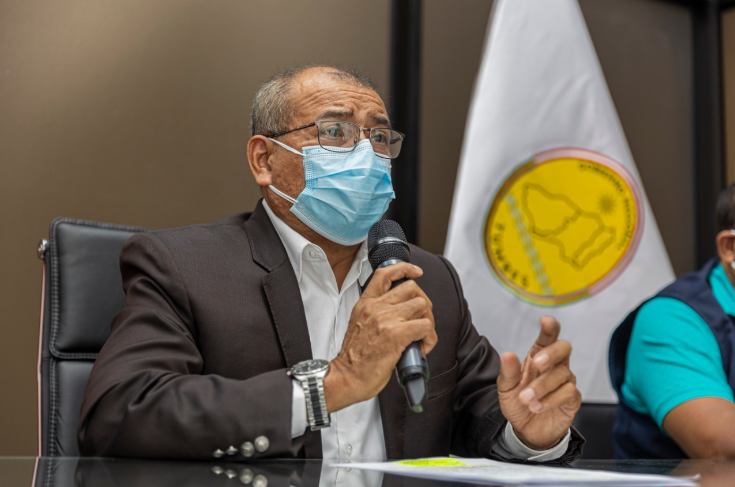 Gobernador regional anuncia vacunatón para jóvenes de 25 años a más