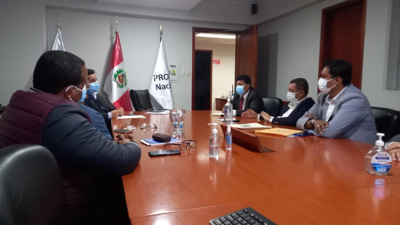 Gobernador regional demanda celeridad en proyectos de transitabilidad y conectividad para Tumbes